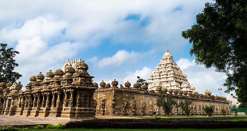 Best Car Rental for kanchipuram trip packages